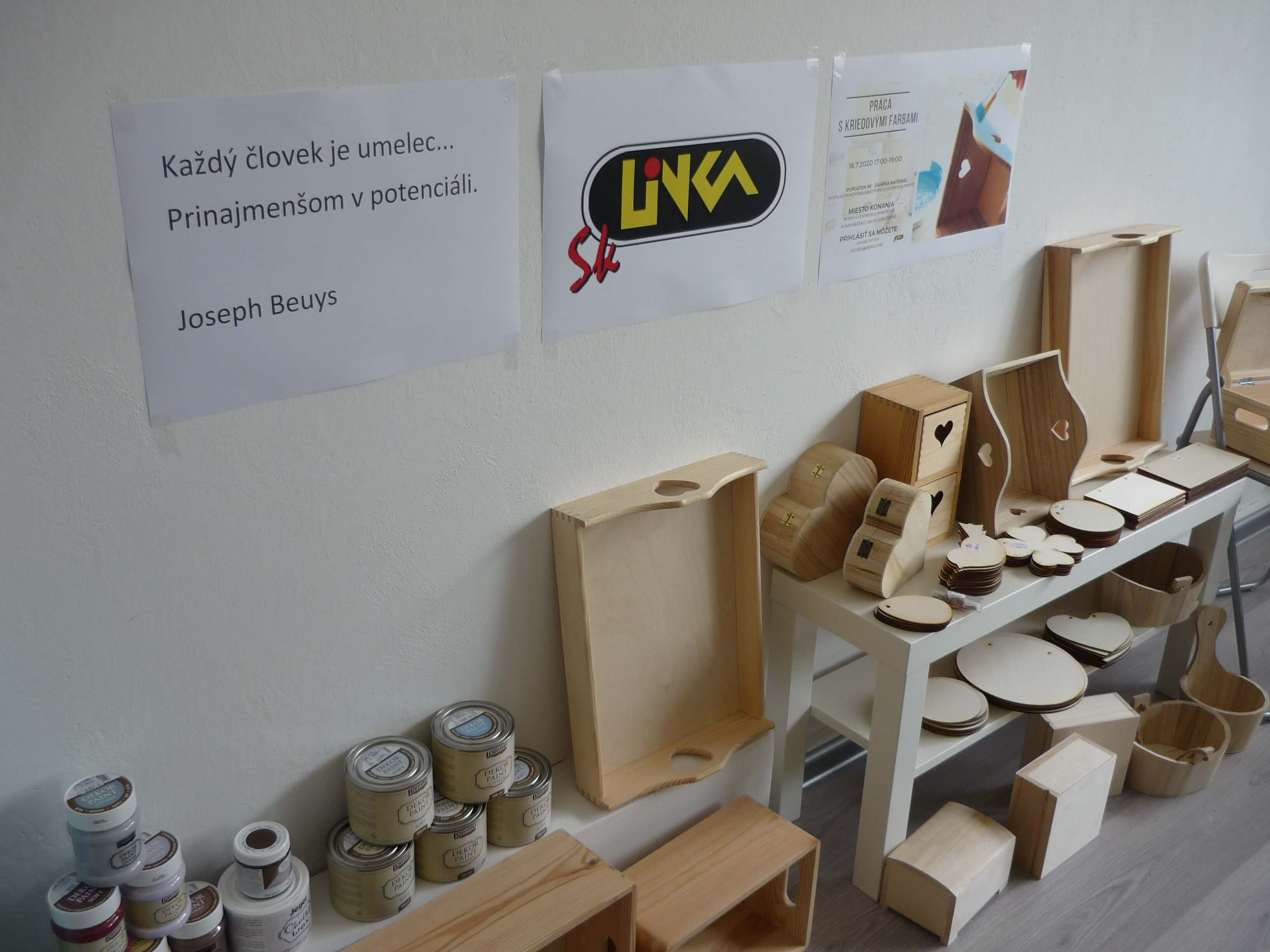 1.Workshop s Kriedovymi Farbamy VK (1).JPG